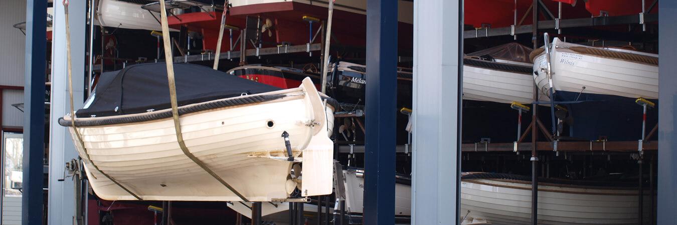 Sloep.nl is uw specialist voor pre-owned sloepen en boten van Menken Maritiem.